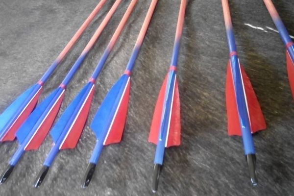arrow-127C641797-4D8D-9662-AF5D-1DF882AF4F26.jpg